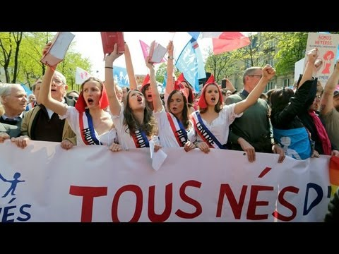 Anti-gay marriage protests ahead of new French law