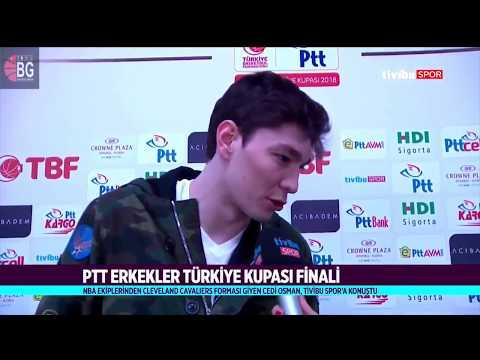 Cedi Osman Sinan Erdem'de! Türkiye kupası final maçında Anadolu Efes'i desteklemeye geldi!