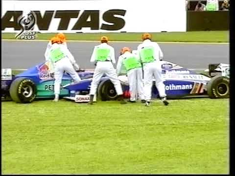 F1 Australia 1997 smash-up at the start between Villeneuve, Herbert and Irvine (DF1)