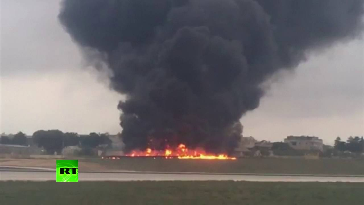 RAW: Light plane seen burning moments after it crashed near Malta airport