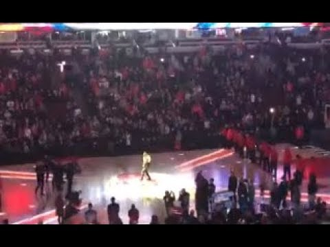 Black Label Society's Zakk Wylde plays national anthem at NBA game Jan 3 2018