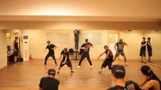 Repeat youtube video KIM HYUN JOONG 김현중 ROUND 3 - 'Unbreakable' 안무 연습