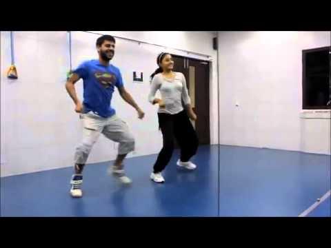 ▶ Balam Pichkari Bollywood Zumba workout with Nilesh