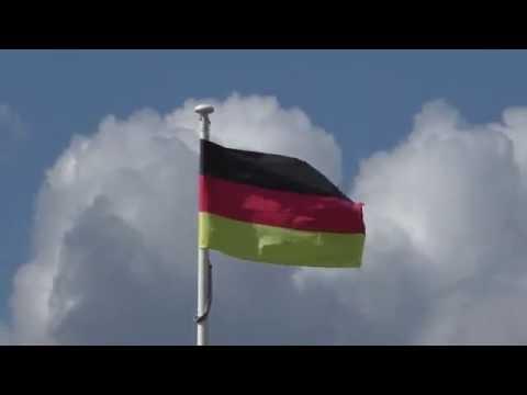 Footage video background - Deutschlandfahne weht im Wind - Germany 🇩🇪 ❤