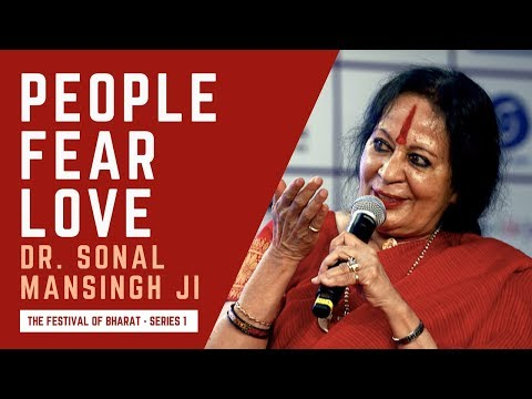 S1:  When an Argentinian Archbishop Cried After Watching Sonal Mansingh's Classical Indian Dance