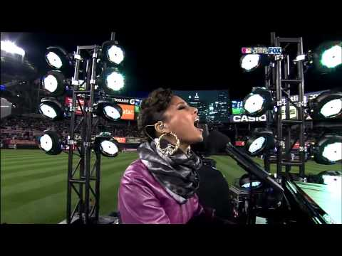 Jay-Z & Alicia Keys - Empire State of Mind (Live at World Series Game - HD)
