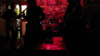 TRAVER BAND   FUNKY BUT CHIC.wmv