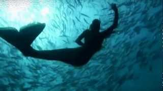 Big blue Hannah Mermaid . Music Dinka — Mute Your Life And Float (Original Mix)