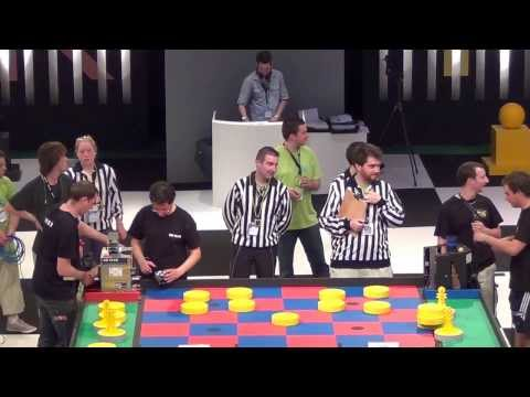 2011 - Finale 2/2 - BH TEAM vs RCVA - Coupe de France de robotique 2011