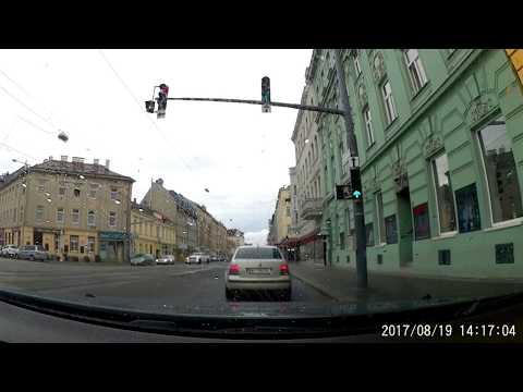 Driving in Wien: Stammersdorf - Hietzing 30km