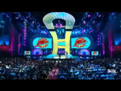 donald sutherland wins teen choice awards 2014