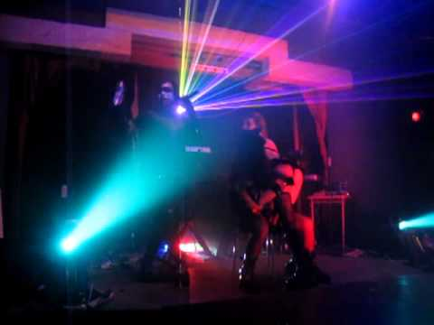 ReaXioN GuerrillA - I Hate You (Live @ Cyber Genetic Winter Festival at The Korova)