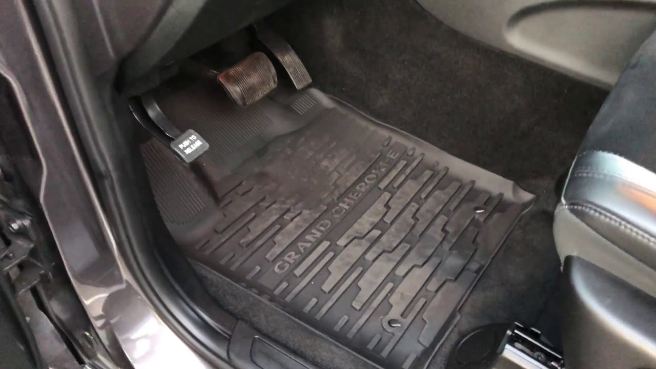 Jeep Grand Cherokee Mopar Slush Mats