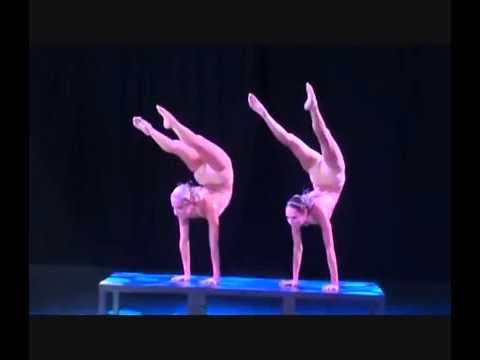 Contortion Duo Delia Yvette Du Sol Solaris Http Www