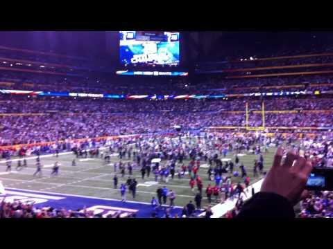 Super Bowl XLVI Giants Patriots Hail Mary Crowd Reaction