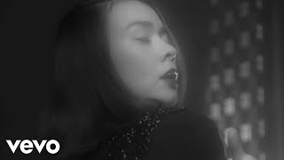 Mitski - Washing Machine Heart (Official Music Video)