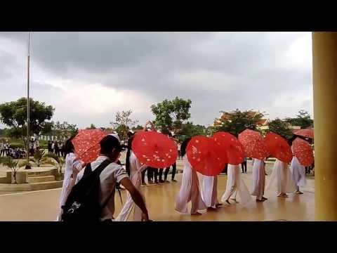 12b Thế Đấy!!! thpt Nguyễn Thị Minh Khai đắk lắk...