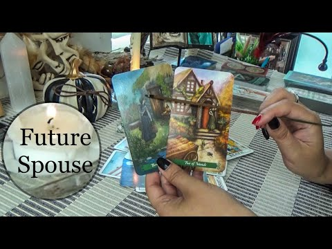 Your Future Spouse!!👆😍 Their Personality, Career/Job, How You Will Meet/When?! Tarot Love Reading