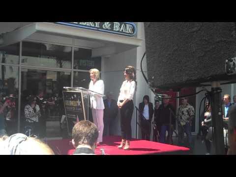 bo derek speaking at shania twain's star ceremony