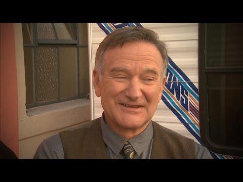 Watch Robin Williams' Final ET Interview
