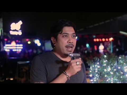 Challenge Pegang Susu Cewek Hot Di Club
