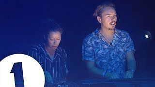 Download Monki B2B Purple Disco Machine - Radio 1 in Ibiza 2018 - Café Mambo | FLASHING IMAGES Mp3 and Videos
