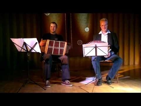Martin Müller ja Asso Int- Vanaemade laulud