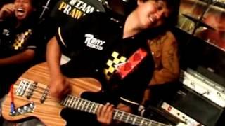 Download Video RENY Music - Getun by Reny Farida MP3 3GP MP4