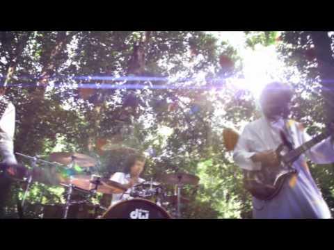 Mirwana feat. Hujan - Tika Masanya (Official Music Video) + Lyric on Video