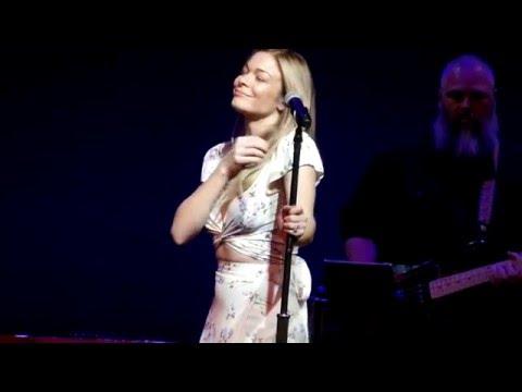 Leann Rimes How Do Live In Concert