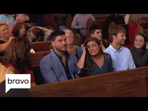 Jax & Brittany Take Kentucky: This Church Does Things a Little Differently Episode 4  Bravo