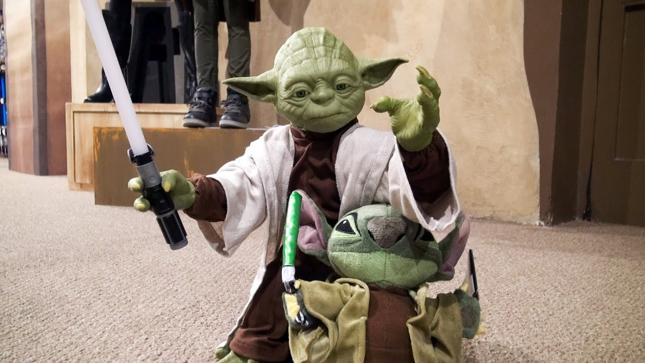 yoda dating The relationships of yoda yoda and obi-wan had a deep respect for each other and their abilities to the force obi-wan would often look to yoda for guidance and rarely questioned the ancient jedi master's decisions (except when yoda told him to kill anakin) being the one of the only surviving.