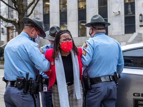 Georgia Lawmaker Arrested As Governor Signs Law Overhauling ...