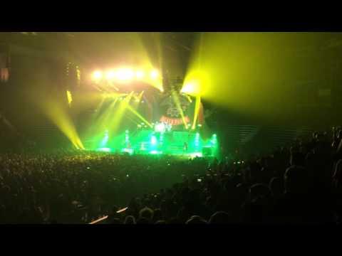 Five Finger Death Punch - Jekyll And Hyde (Live at Maverik Center, 10/25/16)