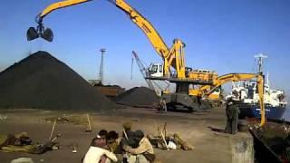 Rishi shipping coal barges unloading