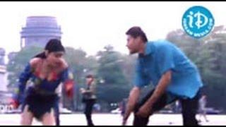 Arjun Movie Songs - O Cheli Nee Oyyaarale Song - Mahesh Babu - Shriya - Keerthi Reddy