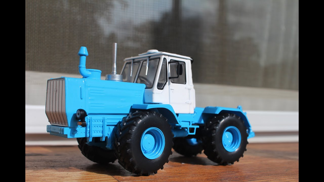 игрушечных тракторов