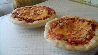 Вкусная домашняя пицца в духовке!(В этом видео я расскажу и покажу как приготовить вкусную домашнюю пиццу! Ингредиенты для теста: 0,5л - молоко..., 2015-04-13T09:46:11.000Z)