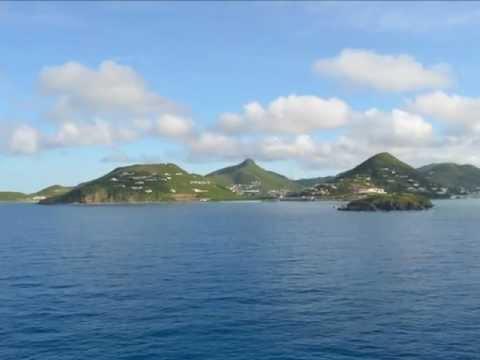 Disney Fantasy Arriving at St. Maarten