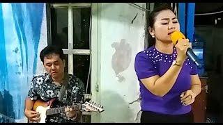 Đám tang chị Kim Hoa (CLB Q.10)   Cẩm Nhung   Giọt lệ con thơ