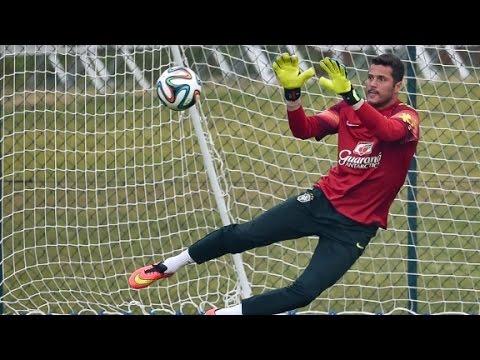 Brazil's Julio Cesar: Brazil has to win World Cup