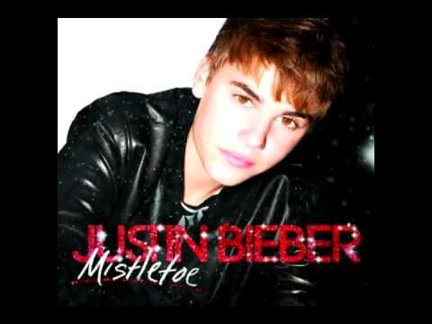 (+) Mistletoe - Justin Bieber (deeper pitched)
