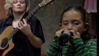8 Year Old Sunny Girl Jam Session