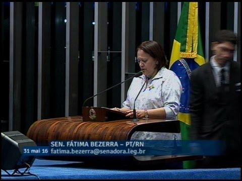 Fátima Bezerra critica medidas do governo na área social