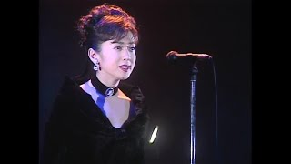 ライブビデオ「聖夜」より。 15th Single 1992/01/15 作詞:斉藤由貴 作...