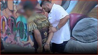 Policiais do Garra flagram ação de traficante em plena luz do dia em SP