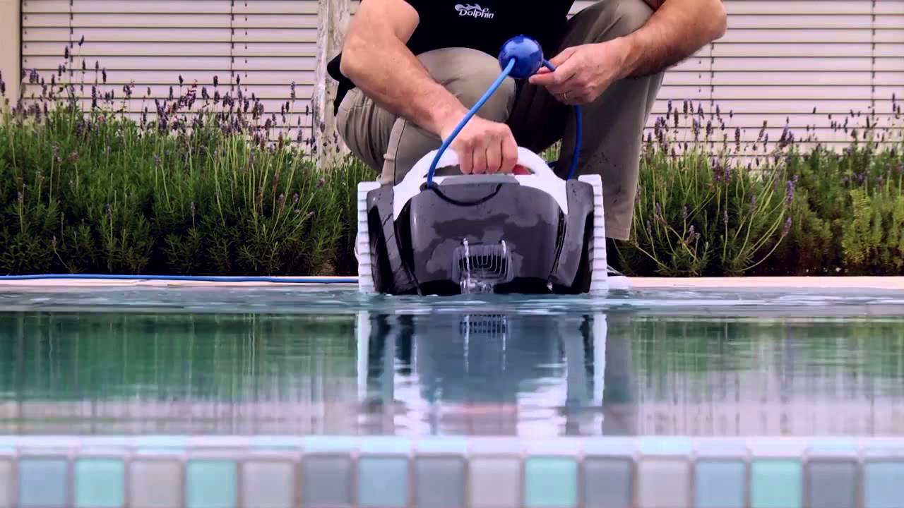 Robot dolphin poolstyle m1 youtube for Avis robot dolphin poolstyle m1