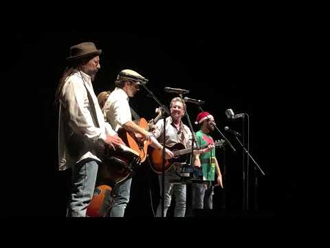 Happy Xmas (War Is Over) - Jason Mraz and Gregory Page (LIVE - John Lennon Cover)