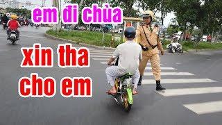 Chạy Ngang Chốt Giao Thông Bằng Cào Cào Mini Gắn Máy Suzuki Sport Xipo