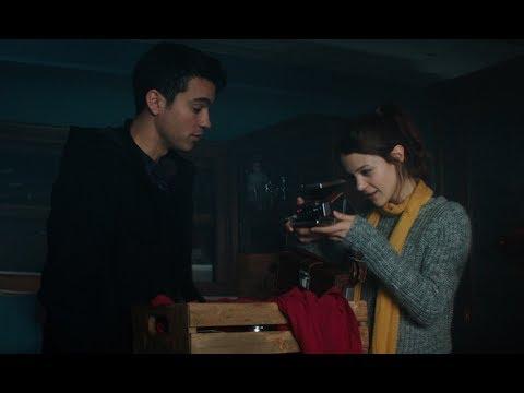 Polaroid Trailer